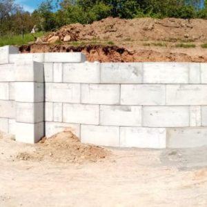 Opěrná stěna u RD – Dřevěnice