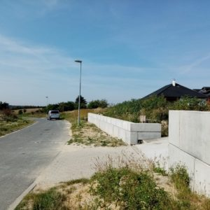 Stratov- plot u RD - betonové bloky lego
