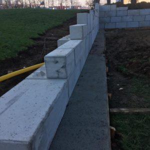 opěrná stěna – betonový blok – Benešov